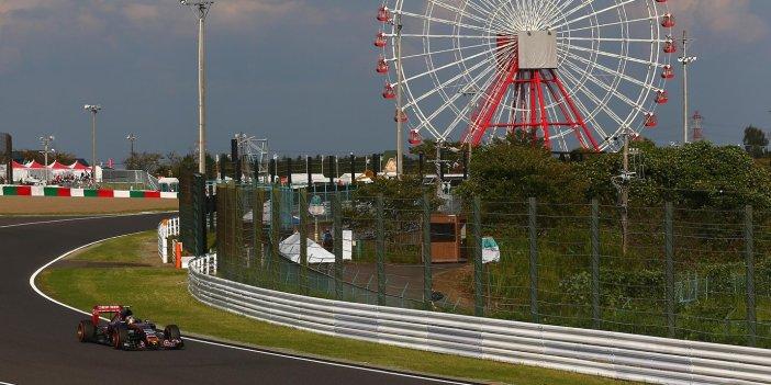 2016-japanese-formula1-gp-toro-rosso-sainz-cov12