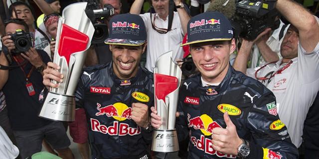 Ricciardo - Verstappen.jpg
